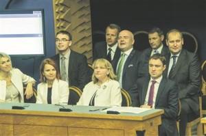 Valitsuskoalitsioon sulandumas.
