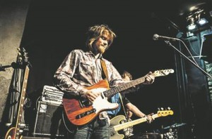 Laur Joamets on sel aastal kantrimuusik Sturgill Simpsoni bändi koosseisus nomineeritud Grammy auhinnale.