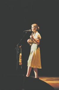 Huvi esimese Eesti artistina festivalile WOMEX valitud Maarja Nuudi muusika vastu on pidevalt kasvanud.