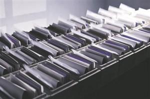 Ajakiri-kunstiprojekt Uus materjal ilmus novembri lõpus väikesetiraažilisena betoonkarbis.