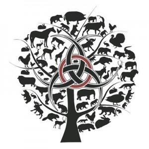 Autori mõttelennust sündinud ökoholismi iseloomustav sümboolika. Tagurpidi pööratud bioloogilise ohu sümbol keset puud kujutab üheti elus ja eluta looduse liitu, millest sünnib kolmas väärtus – eetika; teisalt üleskutset looduse eest seisma.