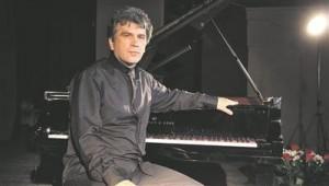 Tanel Joametsa mängus haarasid kaasa temale omased kvaliteedid: kõikeunustav emotsionaalsus, lihvitud kõlavarjundid, kontrastid, puhangulisus, ülim ilmekus.