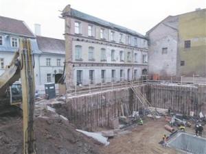 Ajaloomälestis Ülikooli 14 on hävinud, kuid muinsuskaitseameti arvates on tegu selle restaureerimisega.
