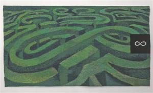"""Kaire Tali vaip """"Eksimatu"""" (2015) on metafüüsiline, sugestiivne ja müstilistesse rohelistesse keerdkäikudesse imev labürint."""