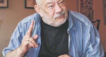 Kalju Komissarov mõjutab praegusaja teatrit oma õpilaste kaudu.