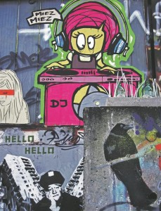 Tänavakunsti loominguteraapia vormidel pole piire, kõik on lubatud ja tore. Berliini loomingulise tänavapildi lummusesse on vajunud ka leebunud politseinik.