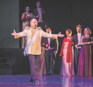 "Jassi Zahharov esitas Koloman Zsupáni laulu Straussi operetist ""Mustlasparun""."