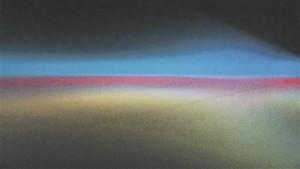 """Mari-Leen Kiipli, Kulla Laasi, Aap Tepperi, Mari Volensi ja Kristina Õlleku koostöös sündinud """"Mikro #2"""" on CMYK värvikoodi põhine ruumiinstallatsioon. Ruumi sisenemisel tervitab vaatajat pimedus, pehme, vetruv ja ebastabiilne põrand, suits ning omapärane vikerkaare tõlgendus."""