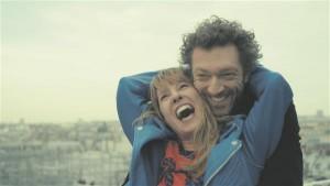 """Parima naisnäitleja auhinna võitnud Emmanuelle Bercot koos Vincent Casseliga filmis """"Minu kuningas""""."""