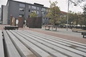 Küüni tänav Tartus. Autorid arhitekt Tõnis Kimmel, Tartu linnavalitsuse arhitektuuri ja ehituse osakond, tootedisainibüroo Keha3, inseneribüroo Tinter-projekt,  skulptor Jaanika Kolk ja Tormisdisain.  Valminud 2010.