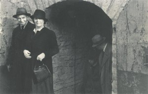 Artur Adson ja Marie Under kirjanike ringreisil 1938. aastal. Eesti