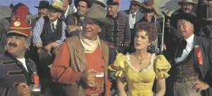 John Wayne mängib alati samas filmis, sest kuigi režissöör võib püüda leiutada uusi lugusid, tunneb publik kunstlike varjamiste kiuste rahuldustundega alati ära sama loo.