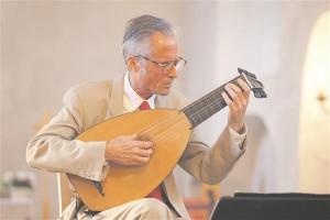 Lautomängija Hopkinson Smithi esituses kõlas inglise kuldse ajastu muusika renessansslautol.