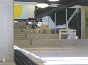 Arhitektuurikooli ja fotograaf Tõnu Tunneli juhendatud töötoas uurisid Viljandi gümnaasiumi õpilased oma koolimaja läbi kaamerasilma.