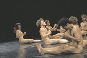 """Vaba Lava selle hooaja kuraatoriprogrammi avalavastusena esietendub homme Doris Uhlichi """"alastusest enam""""."""