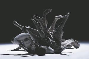 """Tao tantsuteatri """"4 & 5"""" on etalon, kuidas anda edasi oma maisest tähendusest irrutatud kunstnikumõtlemist."""
