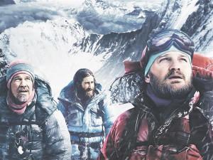 Rahamees Beck Weathers (Josh Brolin) koos kahe ronimisjuhi Scott Fischeri (Jake Gyllenhaal) ja Rob Halliga (Jason Clarke).