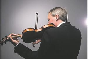 Arvo Leiburi eestvedamisel astus lavale dubleeritud vioolaga keelpillikvintett.