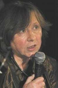 Tänavune Nobeli kirjandusauhinna laureaat on valgevene kirjanik  Svetlana Aleksijevitš. Peter Groth,