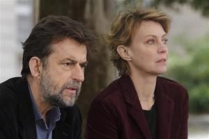 """Režissöör Nanni Moretti mängib """"Minu emas"""" tagasihoidlikku venda Giovannit, mitte identiteedikriisis vaevlevat filmilavastajat, keda kehastab seekord hoopis naine (Margherita Buy)."""