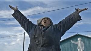 """""""Musta alpinisti"""" tegevus jõuab Burjaatia külla, kus leidsid aset ka filmi aluseks olnud tõsielusündmused aastaid tagasi."""