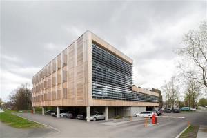 Fassaadipreemia pälvis Sõpruse pst 157. Arhitekt Indrek Suigusaar.