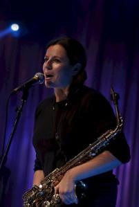 Mullu Taanis kaks aasta muusikaauhinda võitnud Maria Faust juhatab tänavusel muusikaauhindade üleandmise üritusel Taani Raadio bigbändi.