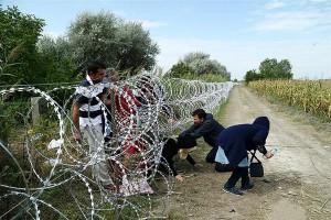 """Euroopa pagulaskriisi ei saa lahendada müüriga Euroopa ümber, sest igast müürist pääseb läbi. Targem on edendada """"üllastkulutust"""", võistelda andmises, teha kinke teistele riikidele ning edendada sedasama hoiakut ka ülejäänud riikide seas."""