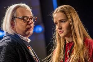 Eesti Draamateatris ei juhtunudki tegelikult midagi eriti erilisemat kui tavaline elu.  Fotol Leo Reinhardt (Taavi Teplenkov)  ja Hilary (Marta Laan).