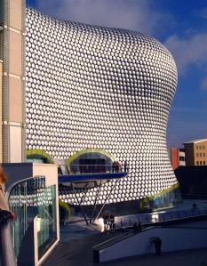 Selfridgese kaubamaja hoone on tõeline väärtuslooja  nii Birminghamile kui ka ettevõttele.