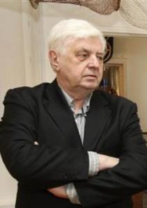 Selle aasta vabariigi aastapäeval annab president Veljo Kaasikule üle riigi elutööpreemia, mis on tunnustus tervele arhitektuuri valdkonnale ja eriti kunstiakadeemia arhitektuuriõppele.