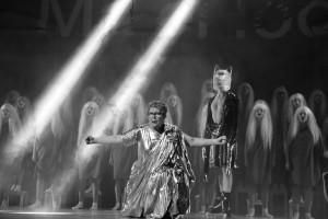 """Marika Vaarik pälvis naispeaosa auhinna nimiosa eest teatri NO99 lavastuses """"Savisaar""""."""