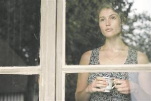 """Kas prantslased ei oska armastada ja armastusromaane kirjutada? Ületamatud armastusromaanid on just prantsuse kirjanduses (Stendhal, Flaubert, Zola, nobelist François Mauriac). Pildil Gemma Arterton Anne Fontaine'i filmis """"Gemma Bovery""""."""
