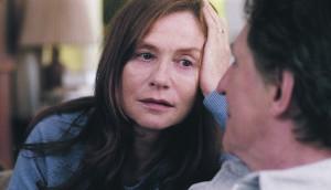 """""""Pommidest valjema"""" keskmes on sõjafotograafi Isabelle'i (Isabelle Huppert) enesetapp. Selle tagajärgedega peab toime tulema ta pere,  ka abikaasa Gene (Gabriel Byrne)."""