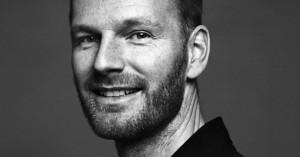 Joachim Trieri isa, ema ja vanaisa on kõik olnud prominentsed tegijad  Norra filmitööstuses, ning ta on  Lars von Trieri kauge sugulane.