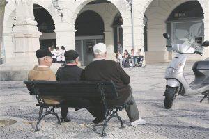 Ükskõik millisesse sotsiaalsesse või vanusegruppi kuuluva inimese liikumist soodustav ja toetav linnaruum aitab ennetada haigestumist ja seeläbi vähendada liikumisvõimetute ülalpidamise kulusid.