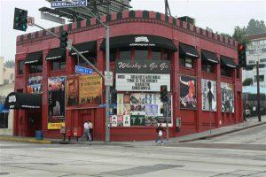 New Yorgil oli kuulus klubi CBGB, Los Angelesel Whisky a Go Go. Hamburgi Starclub aga oli juba 1969. aastal uksed sulgenud. Saksamaa oli igav. Ameerika põnev.