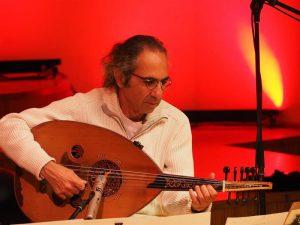 """Festivali """"Vox XX"""" lõppkontserdil esines iraagi-juudi päritolu Iisraeli pärimusmuusik ja rahuaktivist Yair Dalal."""